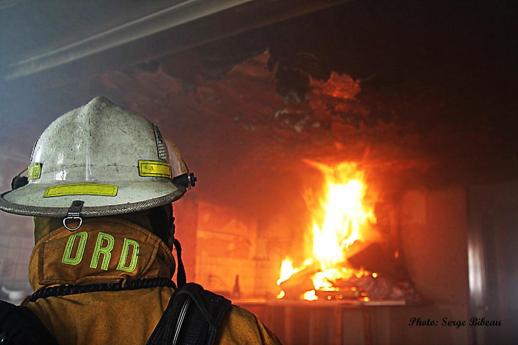 Feu de cuisine pompier quebec canada serge bibeau flickr for Cuisine 3d quebec