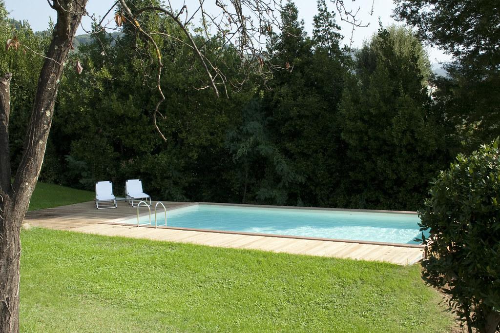 dv country 02 6 un ambiente piscina in cui tutto stato. Black Bedroom Furniture Sets. Home Design Ideas