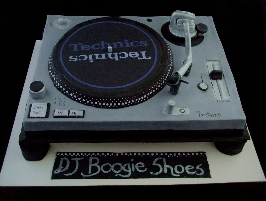Turntable Birthday Cake Ideas
