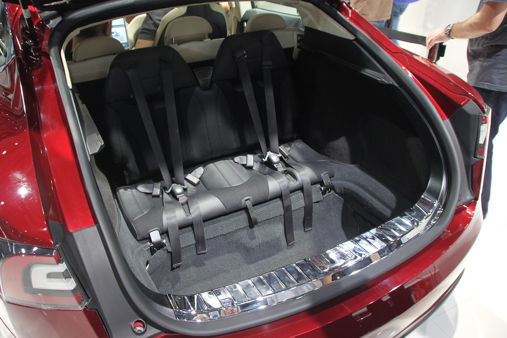 tesla model s rear facing seats peculiar packaging flickr. Black Bedroom Furniture Sets. Home Design Ideas