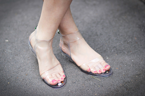 Clear Sandals Should Replace All Womens Trainers Or Boot