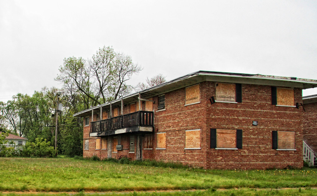 For Sale Cheap Abandoned Apartment Buildings Harvey Il Flickr