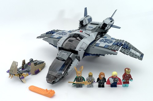 6869 Quinjet Aerial Battle | by fbtb