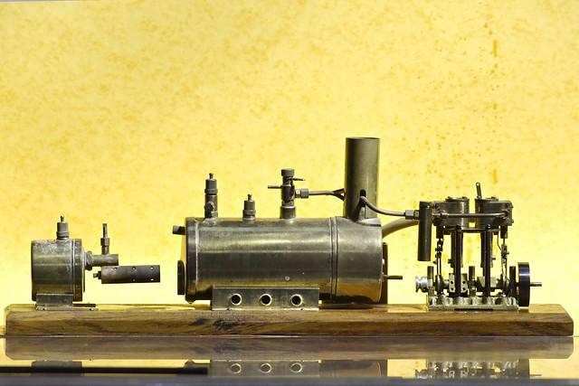Machine vapeur mod le r duit flickr photo sharing for Machine vapeur cuisine