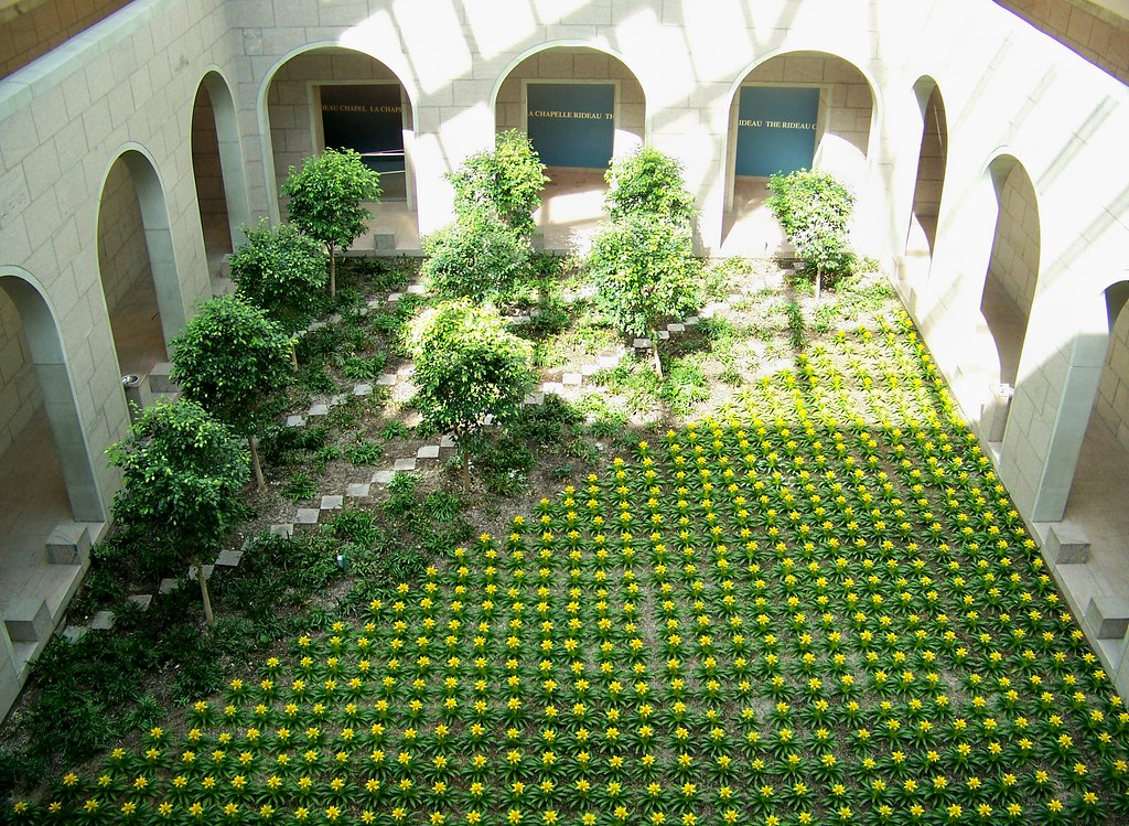 Interior courtyard known as the garden court national for Courtyard landscaping ottawa