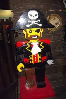 Giant Lego pirate | by quinet