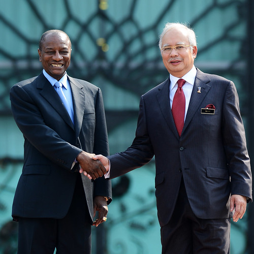 Alpha Conde (Left) and Najib Razak | President of The Republic of Guinea and Prime Minister of Malaysia | by wazari