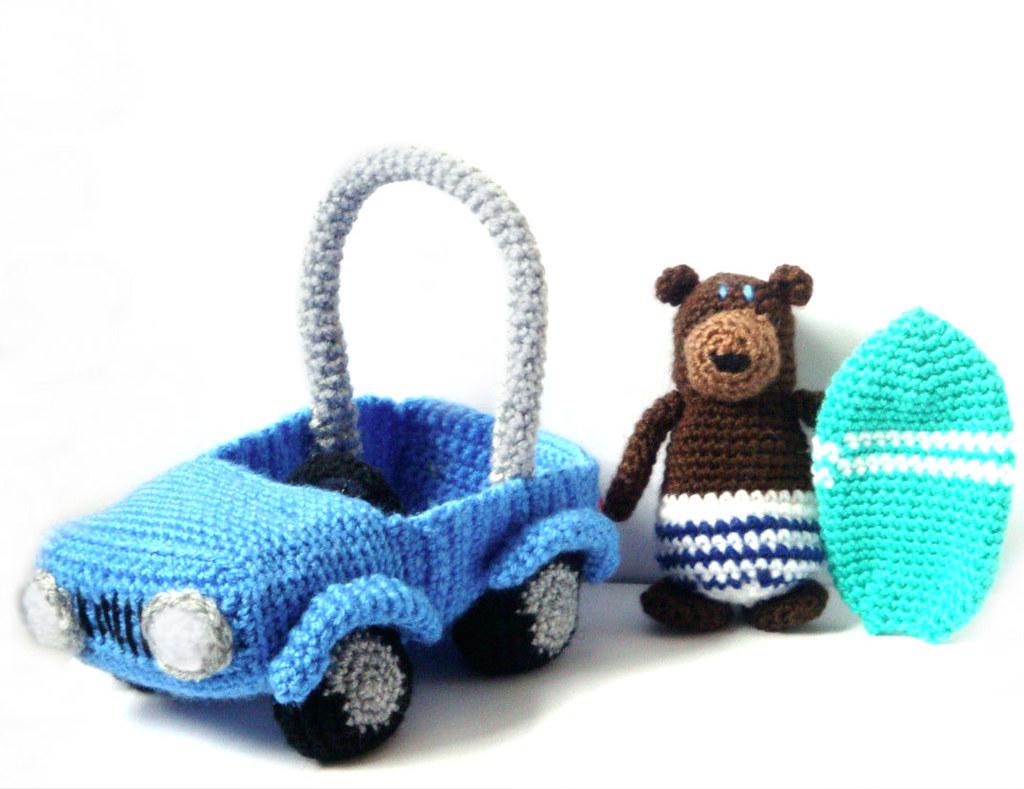 Amigurumi Patterns Cars : Amigurumi patterns surfer bear car murphy the