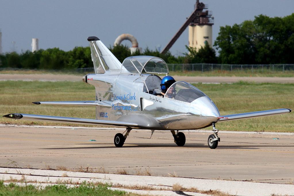 Самолёт из бумаги своими руками фото 722