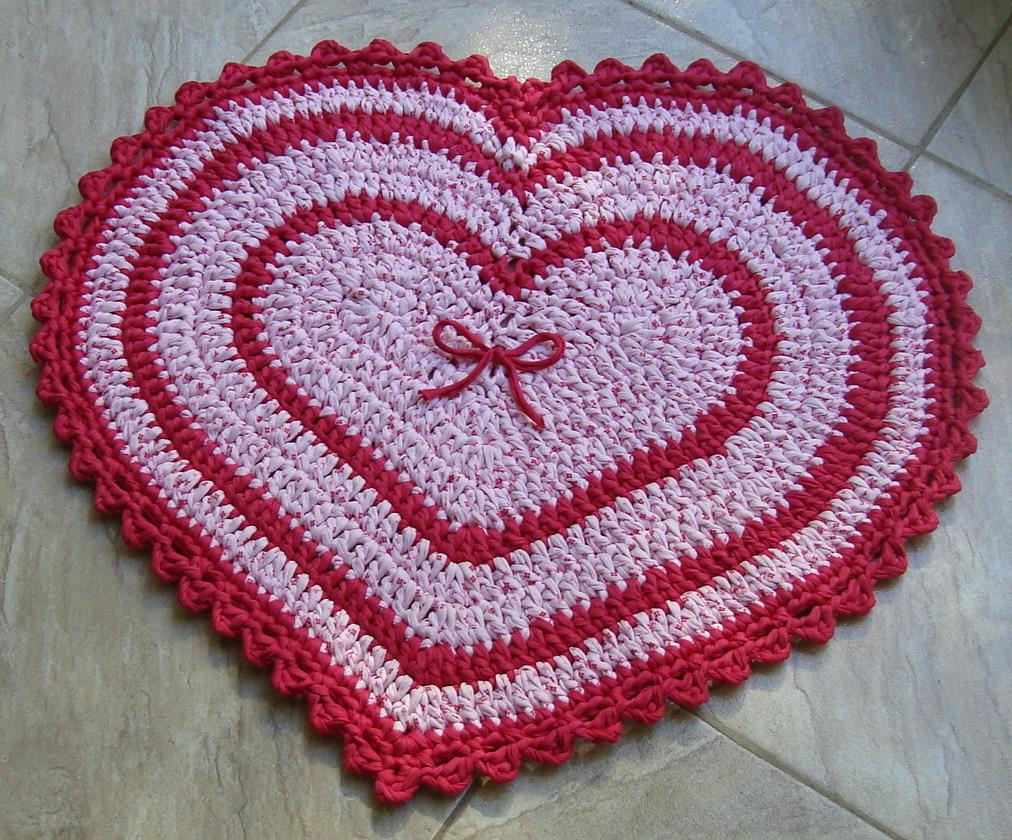Tapete Coração de Crochet com Fio de Malha ou Trapilhos (C ...
