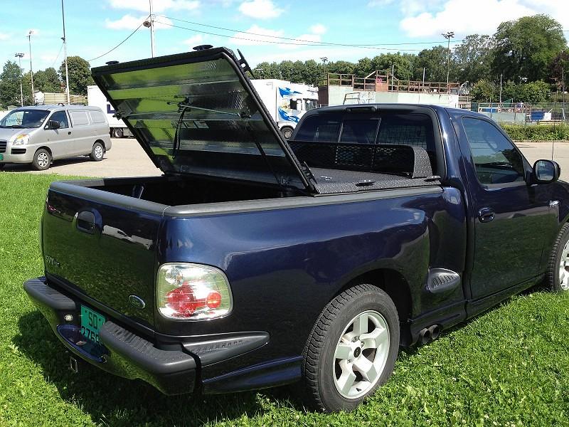 Heavy-Duty Truck Bed Cover on 2002 Ford SVT Lightning Flar ...