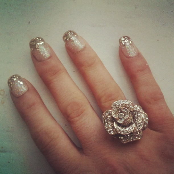 Vintage Nails: Gold Glitter Tipped Nails And Vintage Gold And Diamond Rin