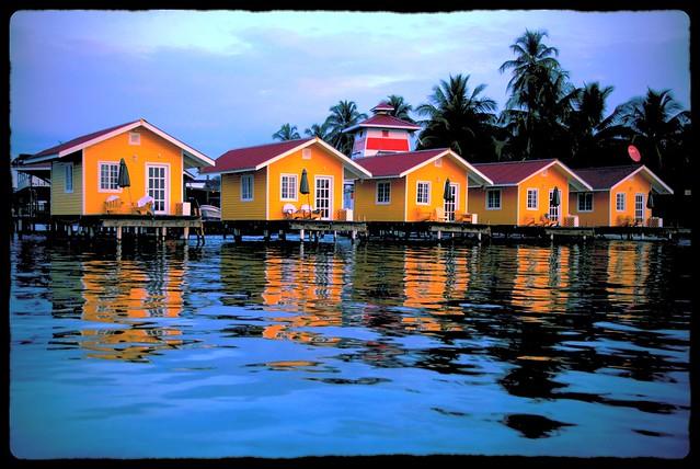 Bocas Del Toro Panama Resorts: El Faro Del Colibri