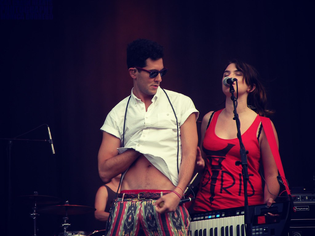 Cobra Starship - Gabe Saporta and Vicky-T | Six Flags Over ...