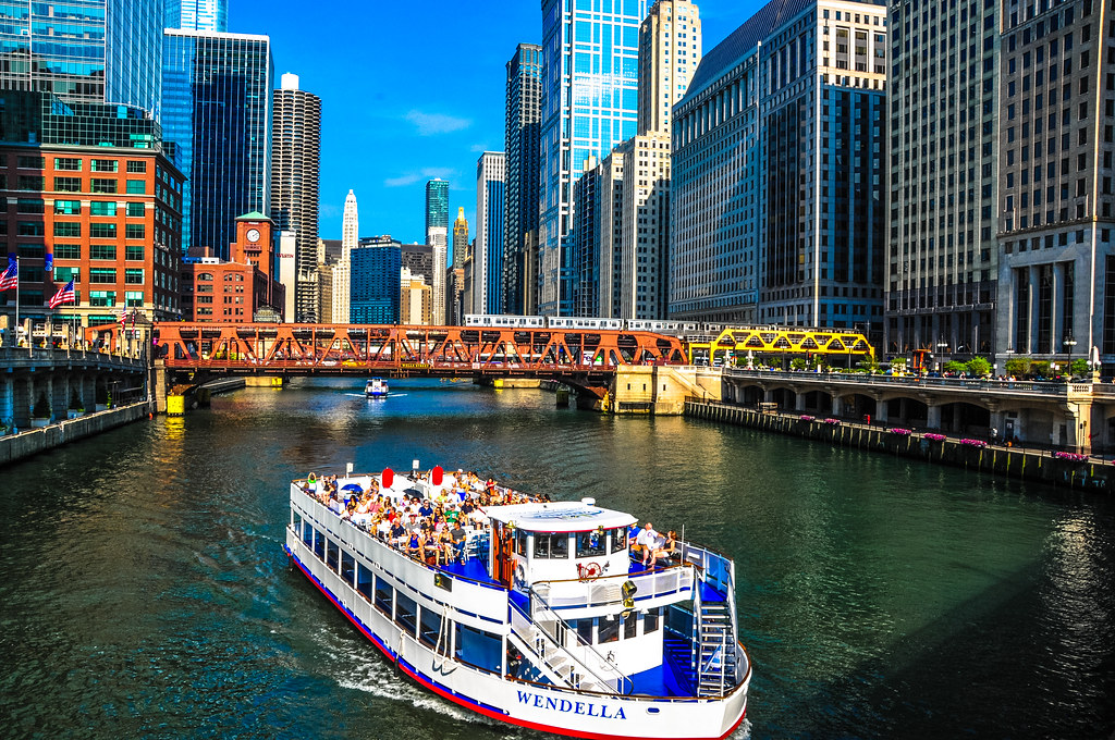 Chicago Architecture History Boat Tour