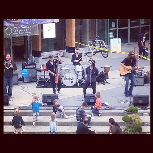 Rockin for the youngsters in Lynn Valley @thematineemusic | by Uncleweed