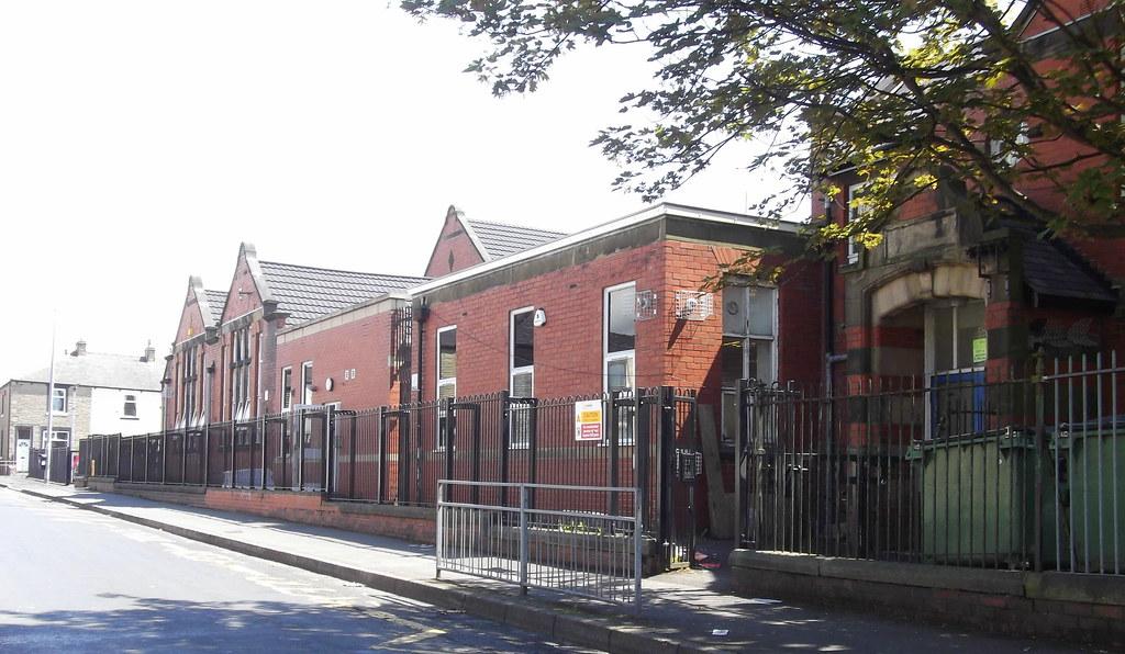 Heasandford Primary School, Williams Road, Burnley, Lancas ...