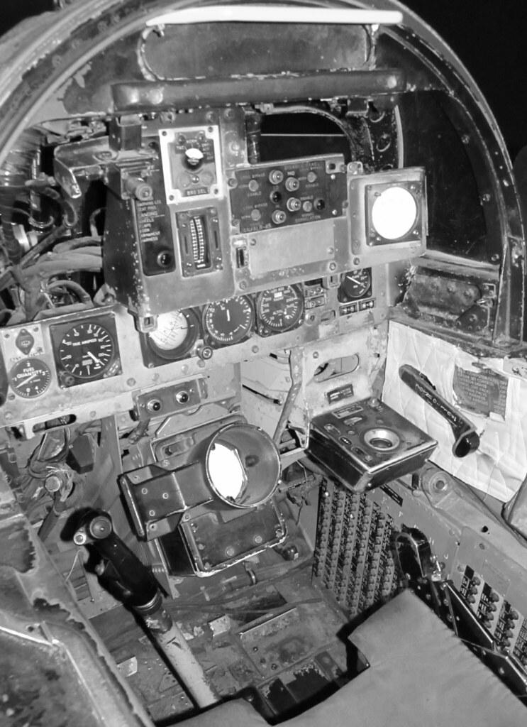 "McDonnell Douglas F4-B ""Phantom II"" RIO Cockpit | You can ..."