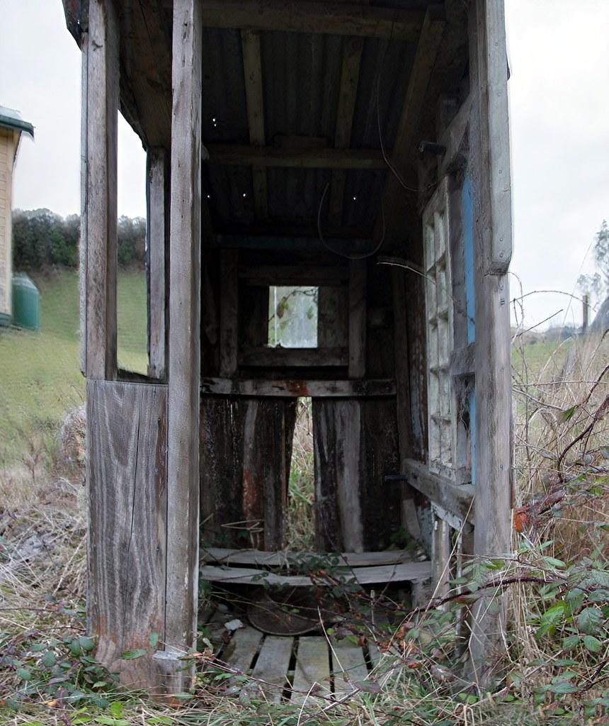 Old Outhouse Retaruke Manawatu Whanganui New Zealand