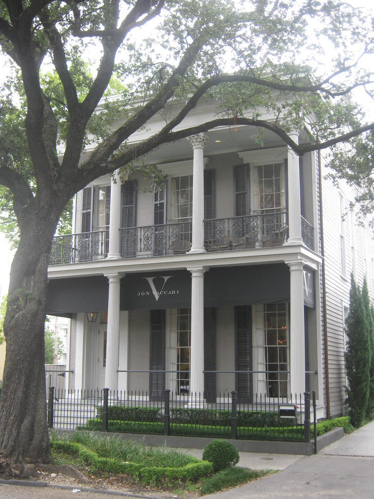 1912 st charles avenue built 1850 this greek revival for Old style homes built new