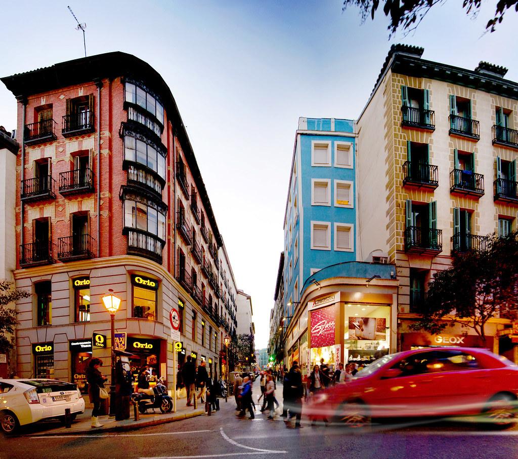 Calle fuencarral con calle col n orio madrid la calle for Calle prado 8 madrid