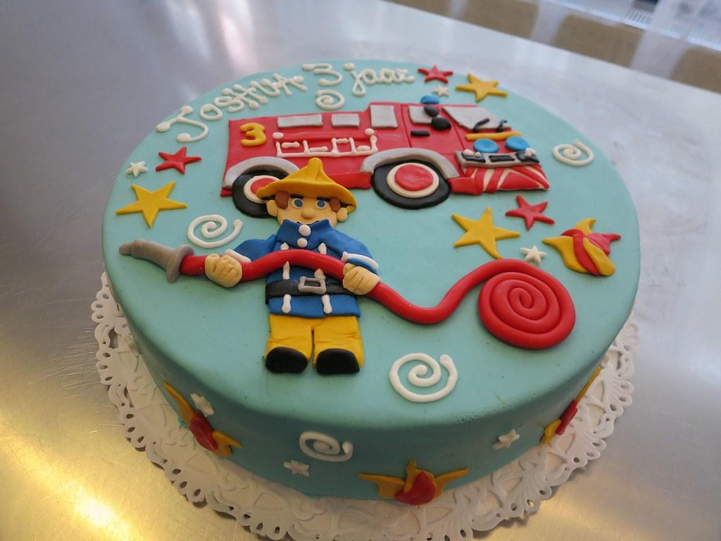 Fireman Sam Cake Flavor Vanilla Ca Flickr