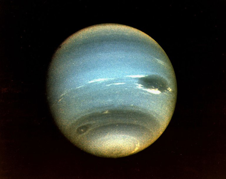 people in voyager 2 neptune - photo #20