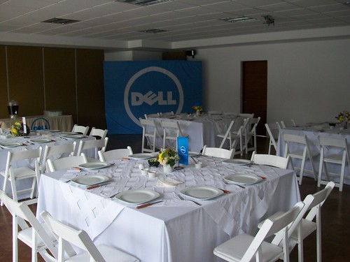 Mesa de sesión Dell | by Dell's Official Flickr Page