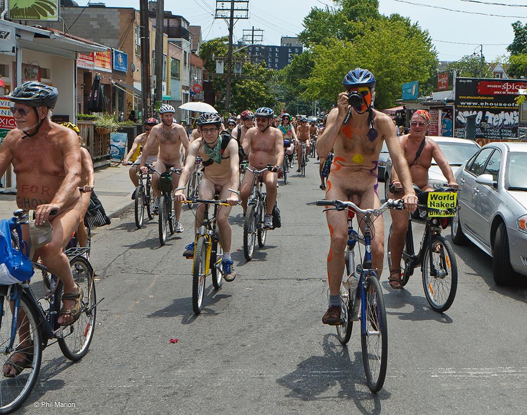 Nude bike ride toronto - 1 7