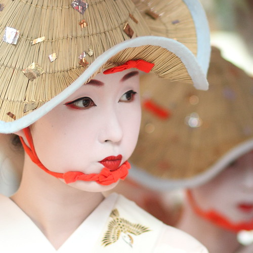 The maiko (apprentice geisha) Kyōka / 舞妓 杏佳さん / Kyoto, Japan | by momoyama