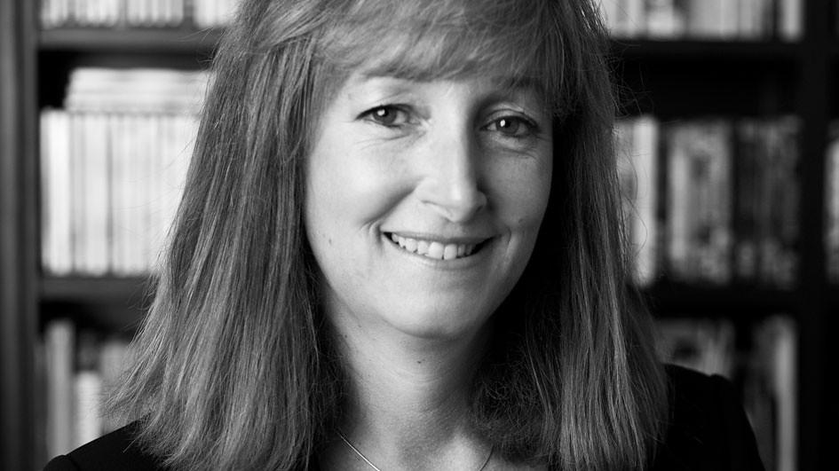 Dr Fiona Marshall