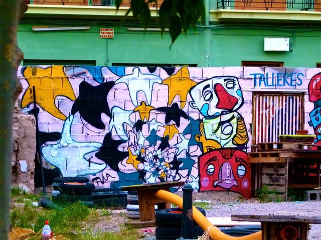 Jard n urbano en el barrio del carmen de valencia llu s for Jardin urbano valencia