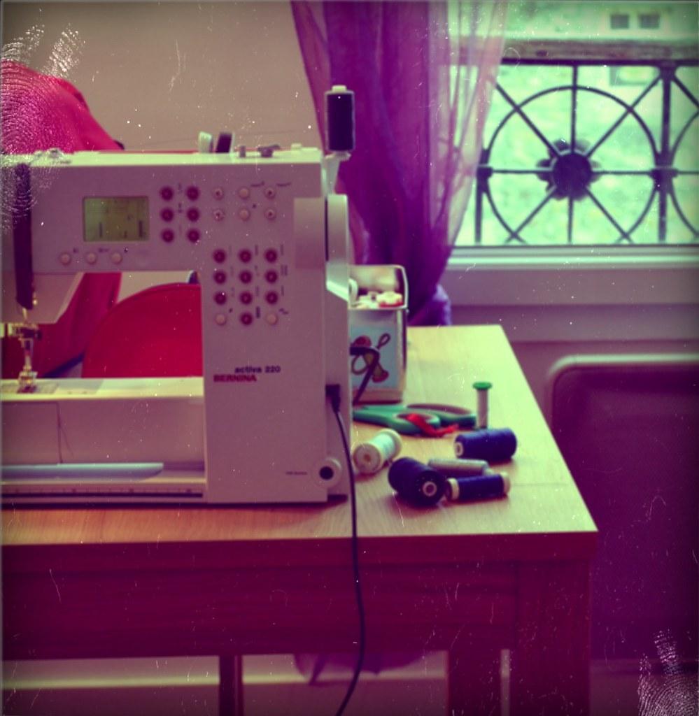 Couture machine coudre vidibio flickr for Machine a coudre 3d