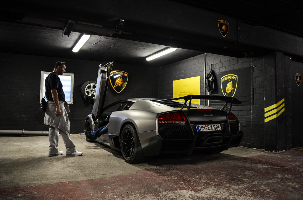 Best garage ever ride z lfikar for Top garage vitrolles