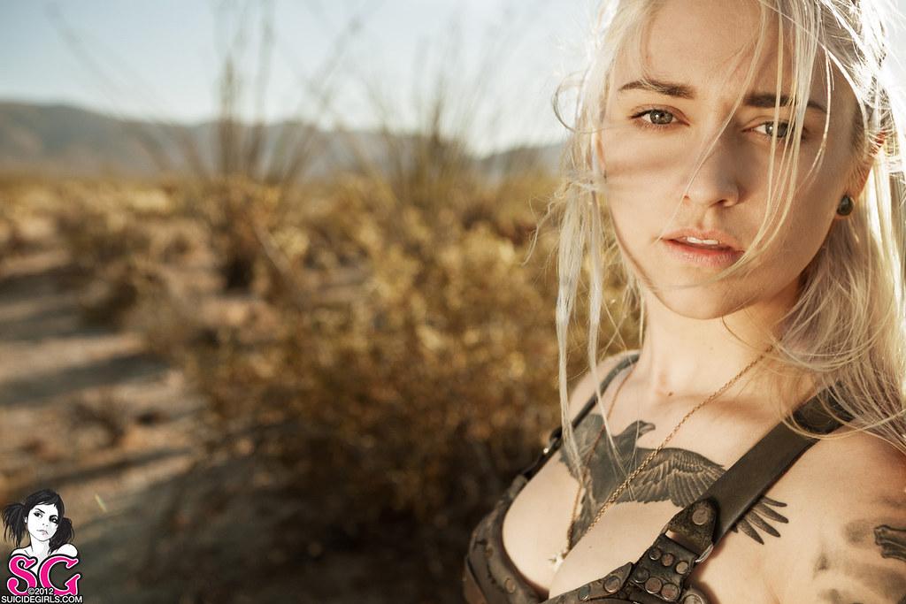 Suicidegirls Venom - Khaleesi  Shot In San Diego Desert -4597