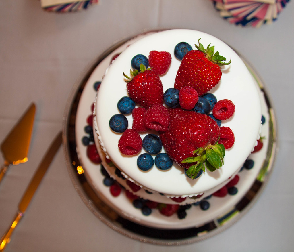 Cake With Fruit On Top Name