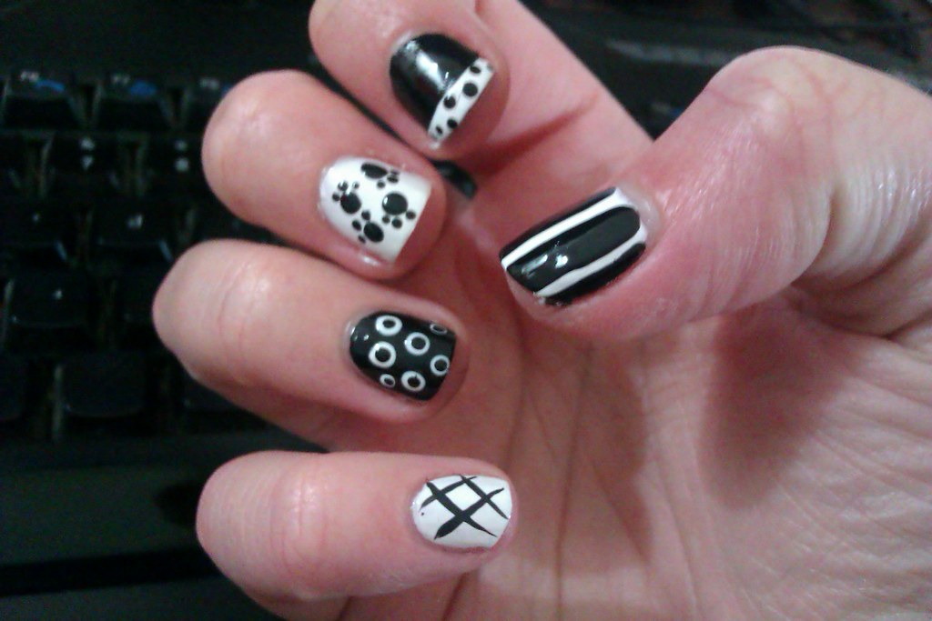 14 simple and easy diy nail art designs and ideas for shor flickr - Easy nail design ideas to do at home ...