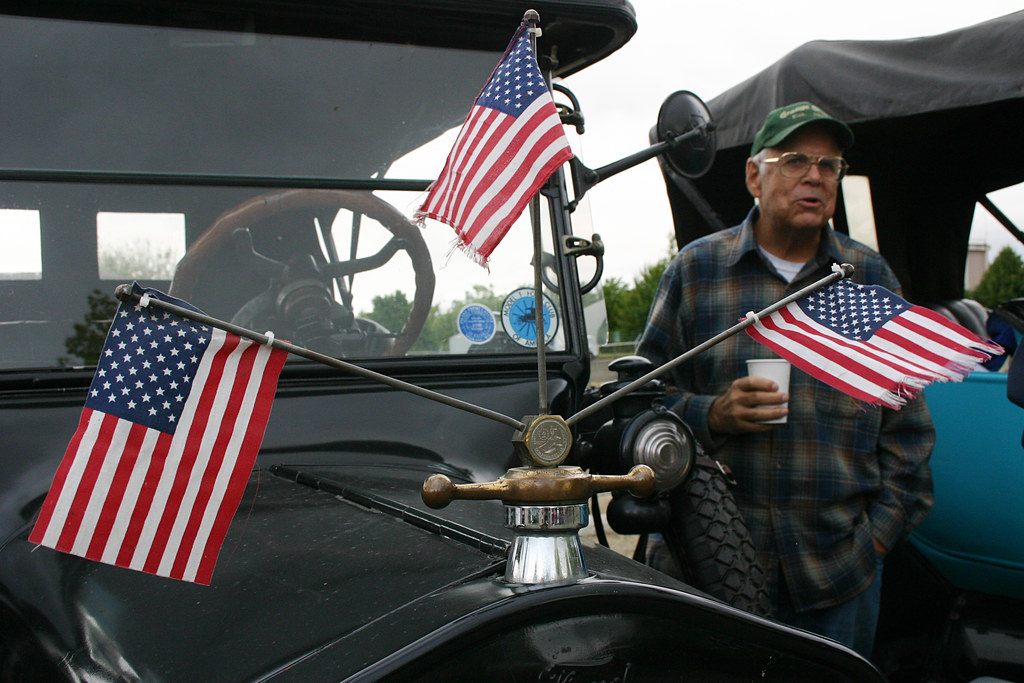 Flags The Oregon Tour A Gathering Of Vintage Car Club