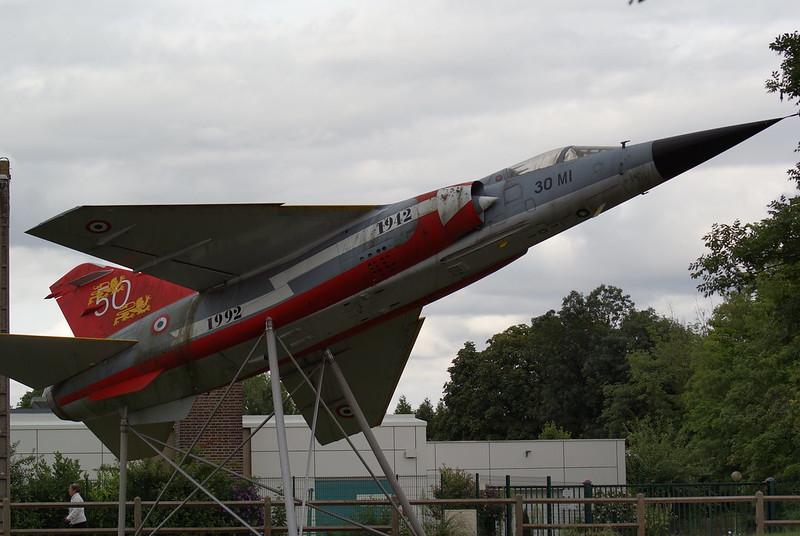 *Renaissance en-cours* Dassault Mirage F1 [ESCI 1/48] 7768406406_2b4c42415b_c