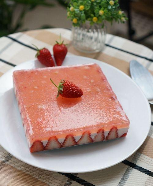 草莓布丁慕斯