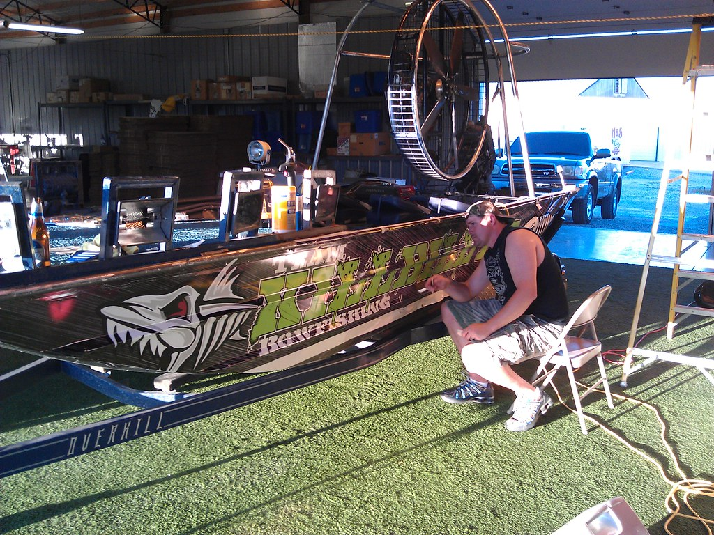 Bow Fishing Boat With Wrap