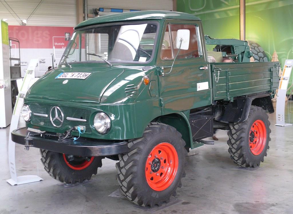 Mercedes Benz Unimog 411b Westfalia Green Vl Stkone Flickr