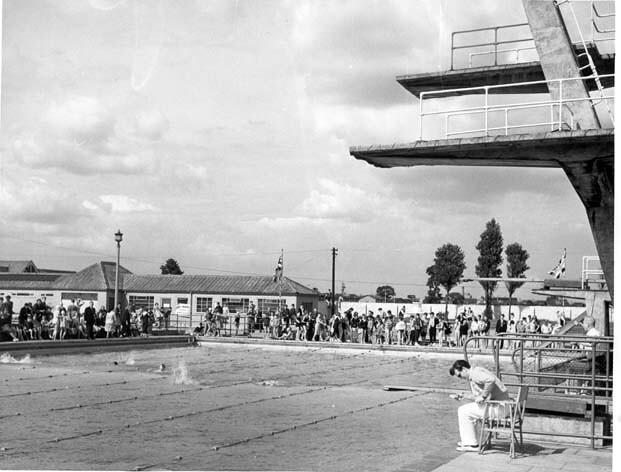 leys swimming pool 1960 sb1565 historic barking and dagenham flickr