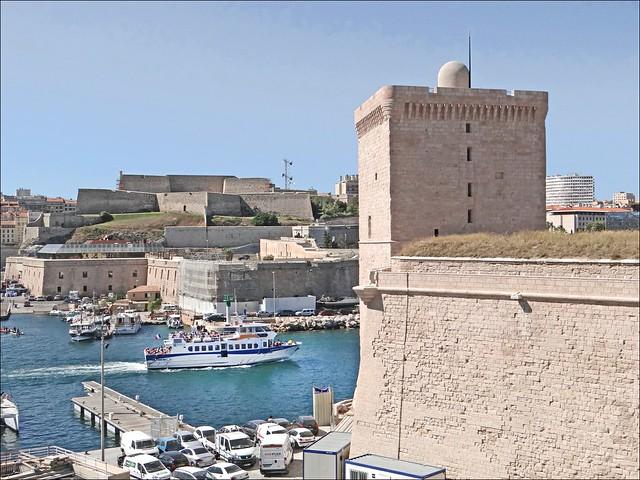 L 39 entr e du vieux port de marseille flickr photo sharing - Office du tourisme marseille vieux port ...