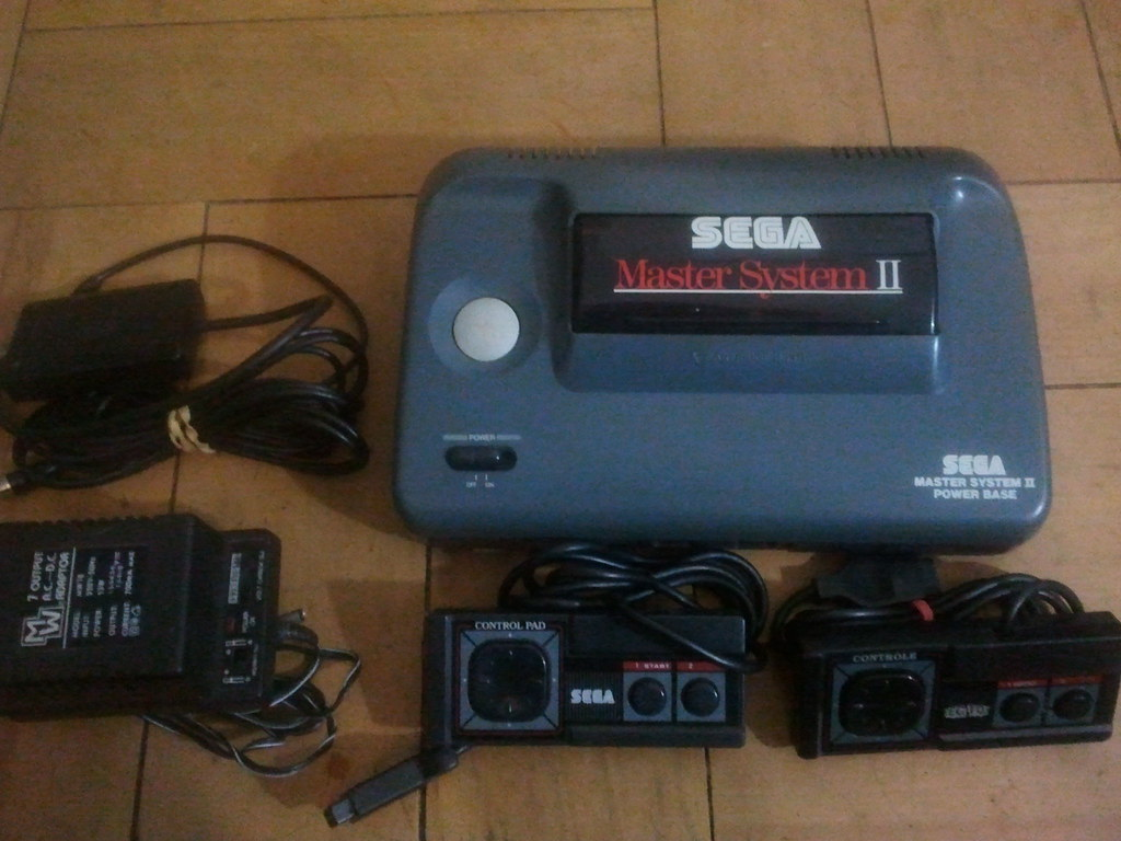 Sega master system ii se vende consola con dos gamepads flickr - Console sega master system 2 ...
