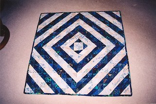 Half square triangle quilt | by Sewfrench
