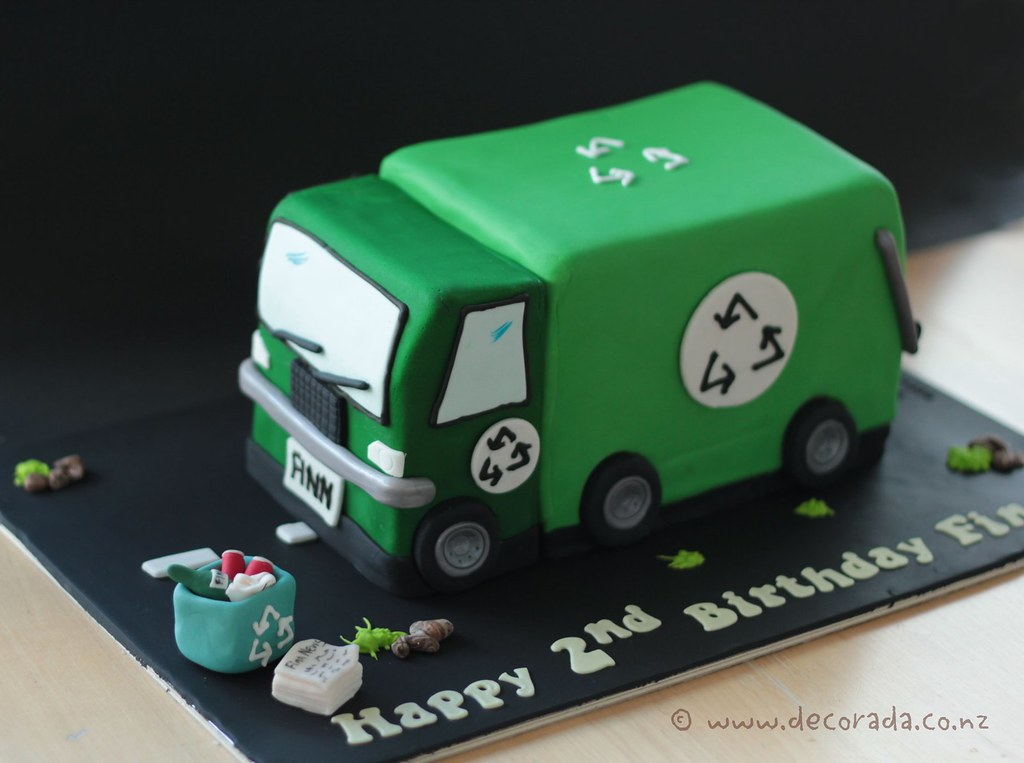 Trash Truck Cake Pan