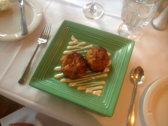Crab Cakes Mac And Cheese
