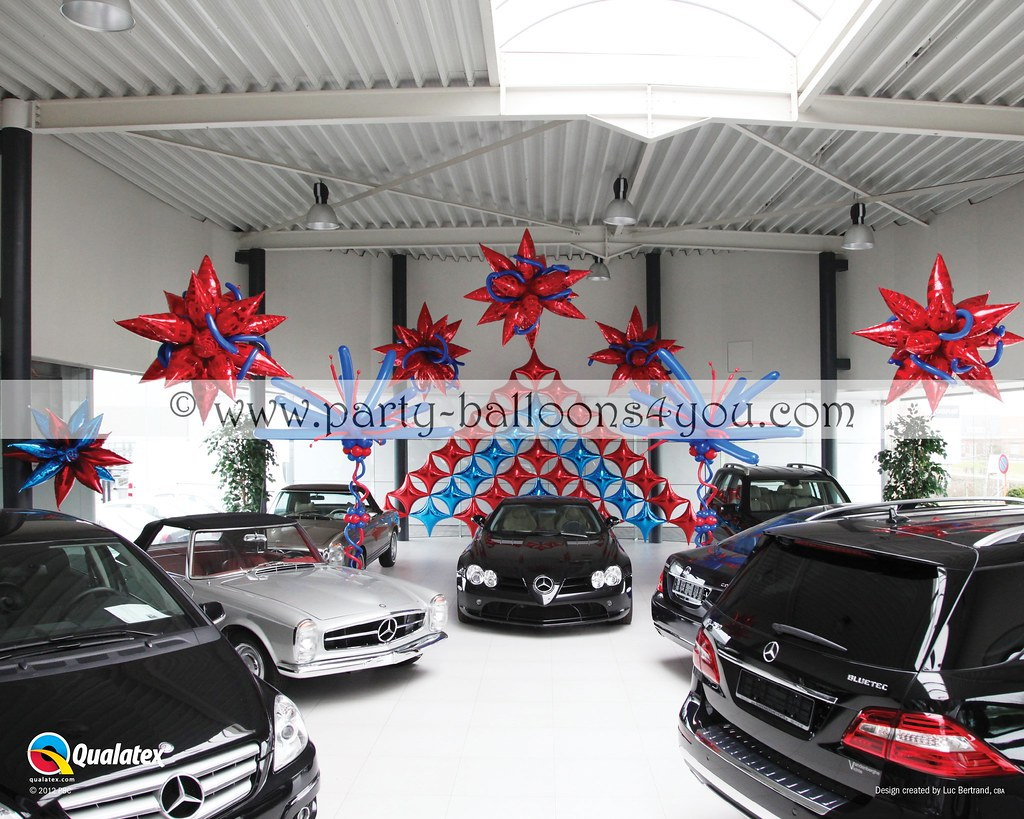 Queen 39 s diamond jubilee balloon decorations in a car show for Balloon decoration cars theme