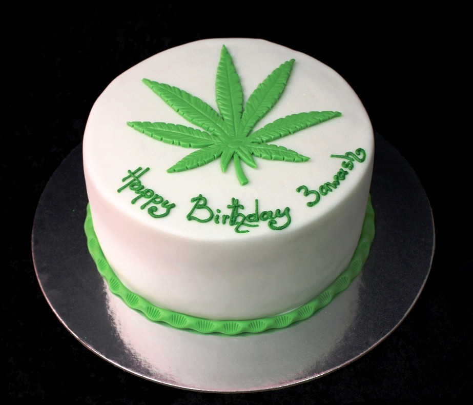 Cannabis Cake Pan